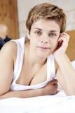 白肤金发的蓝眼睛纵向妇女 库存图片