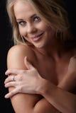 白肤金发的裸体妇女 免版税图库摄影