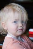 白肤金发的逗人喜爱的小孩 库存图片