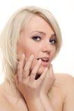白肤金发迷人的挥动 免版税图库摄影