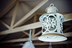 白色古色古香的灯笼 库存图片