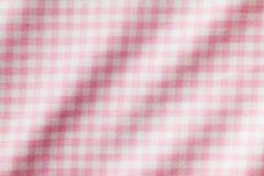 白色和桃红色方格的背景 免版税库存图片