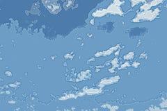 白色和蓝色抽象背景纹理 与北部海岸线,海,海洋,冰,山,云彩的幻想地图 免版税库存照片