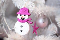 白色圣诞节结构树 库存图片