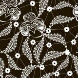 白色在黑色的鞋带花卉无缝的样式 免版税库存图片