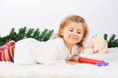 白色地毯的女孩 库存照片