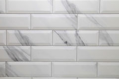 白色地铁陶瓷砖背景 库存照片