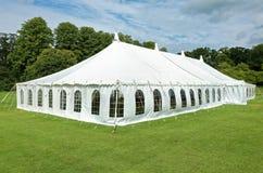 白色大门罩事件帐篷 免版税图库摄影