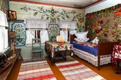 白色客厅的内部。 免版税库存照片