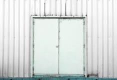 白色容器门背景纹理 库存图片