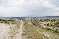 白色岩石的足迹 库存图片