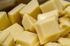 白色巧克力大块  免版税库存图片