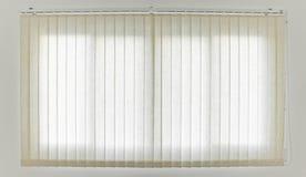 白色帷幕和窗口 免版税图库摄影