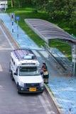 白色微型卡车出租汽车chiangmai 免版税库存照片