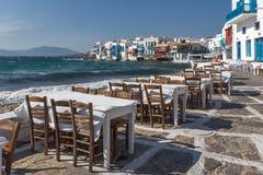 白色房子在米科诺斯岛的,基克拉泽斯海岛,希腊一点威尼斯 库存图片