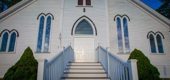 白色教会入口在新斯科舍 库存图片