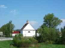 白色教会(白俄罗斯:XIX世纪建筑学) 免版税库存图片