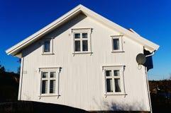 白色木房子墙壁 库存照片