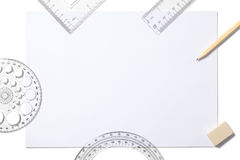 白色板料和学校用品 免版税库存图片