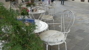 白色椅子和表餐馆 影视素材