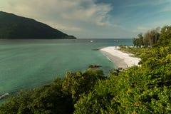 白色沙子,酸值Lipe海岛-泰国 免版税库存照片