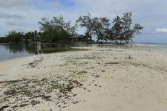 白色沙滩在酸值荣海岛在柬埔寨 免版税图库摄影