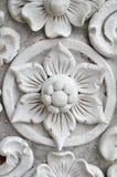 白色泰国艺术灰泥墙壁,泰国寺庙 库存图片