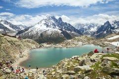 白色湖在法国阿尔卑斯 免版税库存照片
