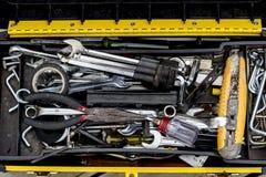白色的背景配件箱关闭查出的工具 免版税库存照片