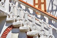 白色石楼梯 免版税库存图片