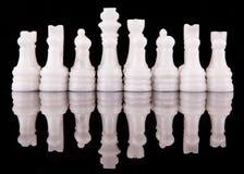 白色石头做了国际象棋棋局我 免版税库存照片