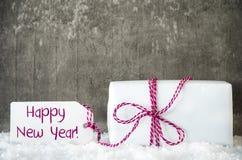 白色礼物,雪,标签,文本新年快乐 免版税库存照片