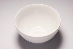 白色空的陶瓷碗 免版税库存图片