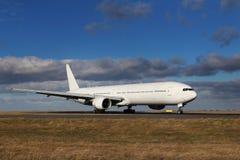 白色航空器 免版税库存照片