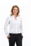白色衬衣的笑的女商人 免版税图库摄影