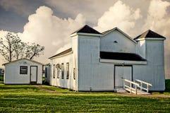 白色被绘的农村施洗约翰教堂 图库摄影