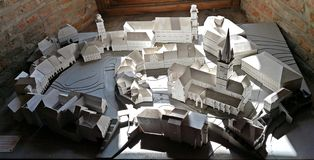 白色镇由纸做的锡比乌 免版税图库摄影