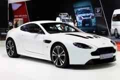 白色阿斯顿・马丁系列V12有利S 免版税库存图片