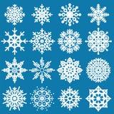 白色雪花大套在蓝色backgro的不同的变异 向量例证