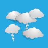 白色风雨如磐的云彩 免版税库存图片