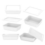 白色食物生产的长方形塑胶容器与夹子 库存照片