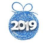白色2019与蓝色圣诞节球的新年卡片 库存例证