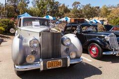 白色1949年劳斯莱斯银黎明轿车 图库摄影