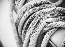白色绳索和结 免版税库存照片