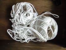 白色绳索球 免版税库存图片