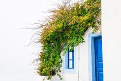 白色建筑学在希腊 免版税库存照片