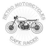 白色caferacer商标 减速火箭的摩托车 也corel凹道例证向量 咖啡馆竟赛者题材 免版税库存图片