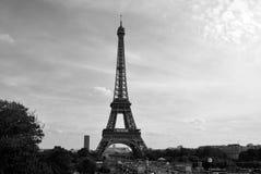 黑白艾菲尔铁塔 免版税库存图片