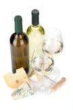白葡萄酒和干酪 免版税库存图片