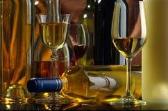 白葡萄酒 库存照片